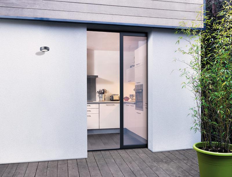 Protege tu oficina con puertas aluminio