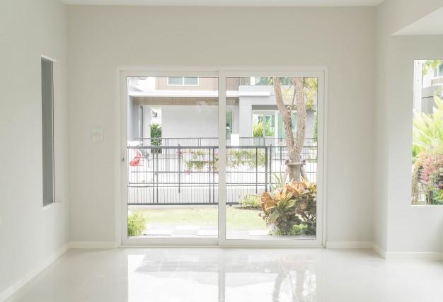 Limpieza de ventanas de aluminio en Sabadell