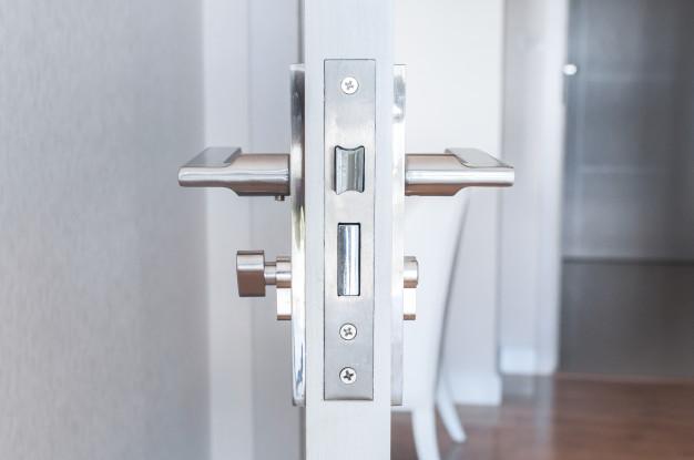Con las puertas de PVC todo son ventajas